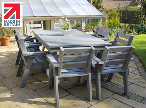 NBB Made In Britain outdoor table set
